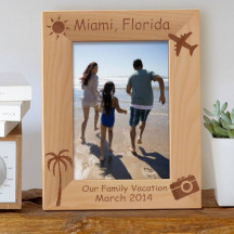 "Our Family Vacation Personalized Wooden Picture Frame 5"" x 7"" Finished (Frames)"