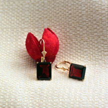 14K Solid Gold Lever Back Earrings With Garnet Is A Gorgeous Choice