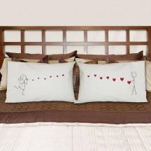 Blowing Kisses Pillowcase Set